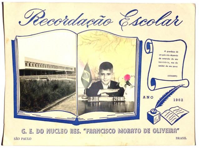 Recordação escolar do Grupo Francisco Morato de Oliveira, em 1962.