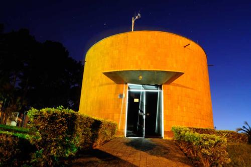 Miniobservatório astronômico do Inpe abre para visitação