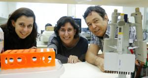 As pesquisadoras Rosangela Eichler, Andrea Heimann e o professor Emer Ferro