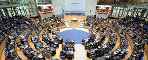 Plenário da conferência, em Bonn, Alemanha