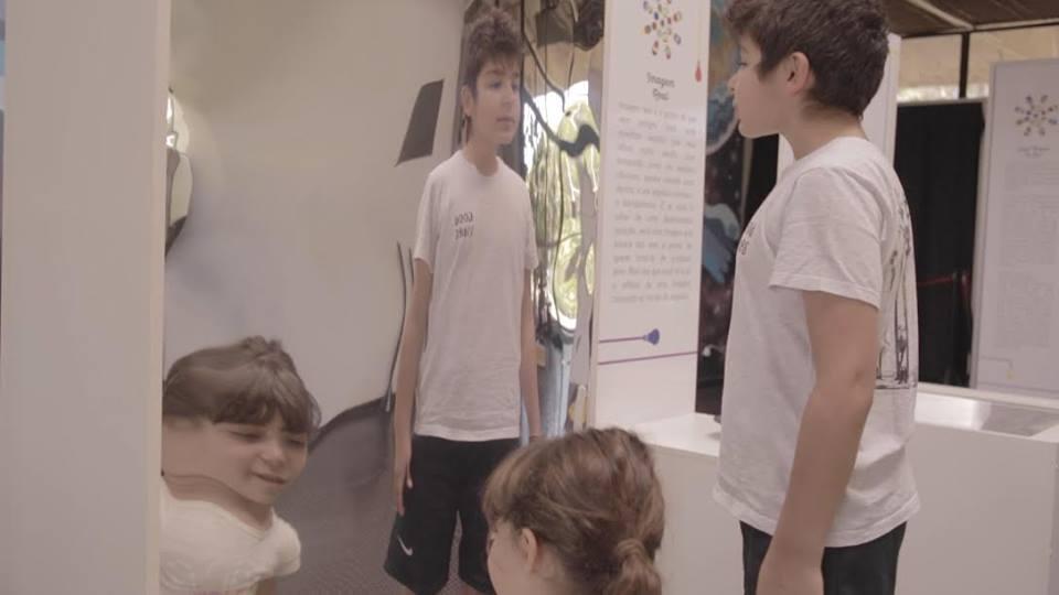 Exposição Jogos de Luz, promovida pelo Ciência na Rua, está em cartaz