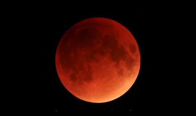 Lua, lua e lua de novo animam o céu e a ciência