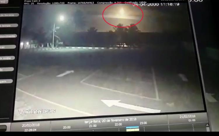 Clarão no céu visto por baianos pode ter sido um meteoro