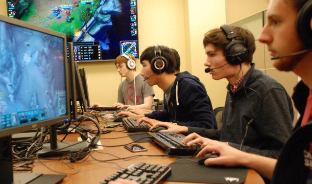 Programa de rádio sintoniza o universo dos games