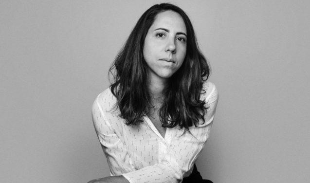 Laura Carvalho lança na Faculdade de Direito sua Valsa brasileira